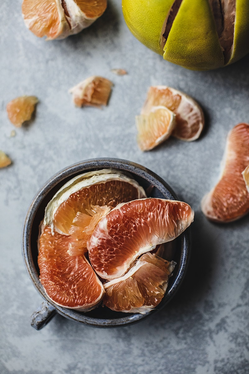 Pomelo is a tropical fruit from thecitrus fruit family.A pomelo looks very similar to grapefruit but slightly larger in size. Their outer shell is usually light green and has a very thick fibrous peel, native to South and Southeast Asia.#pomelo #citrusfruit #healthyfruit #pomelosalad